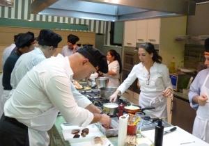 Escuelas de hosteler a en madrid formaci n de cocina en - Escuela cocina madrid ...