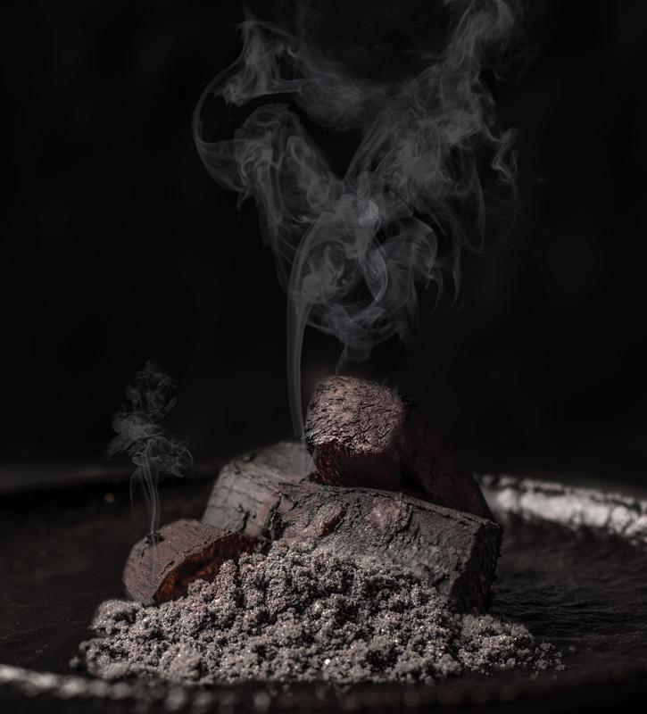 Carbón de yuca-amilasa