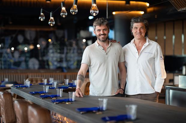 Carles y Tomas Abellan